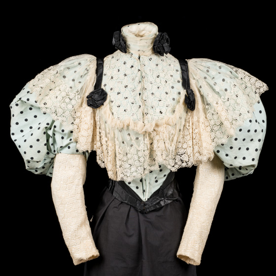 Polka dot bodice with leg-o'-mutton/gigot sleeves
