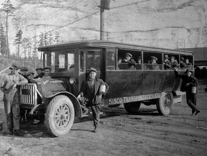 Thirty-five passenger Federal Motor Company bus; operated by the Sisco Transportation Company, Ladysmith.