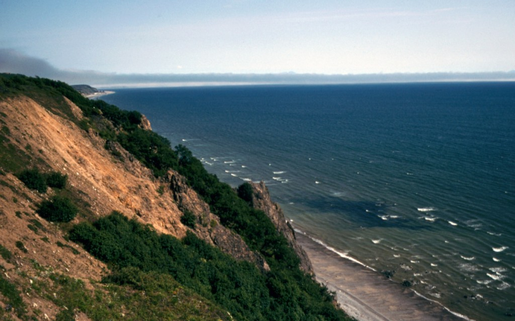 Fig. 14. Sea cliffs near Magadan 003