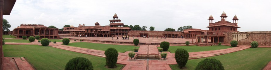 A panoramic view of the Fatehpur Sikri Palace